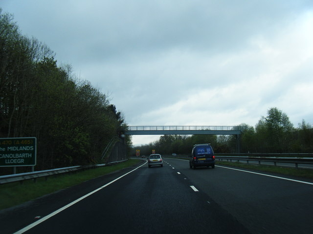 A470 approaching Ash Road footbridge by Colin Pyle
