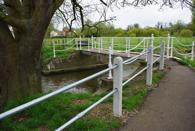 Footbridge near Whittlesford Mill