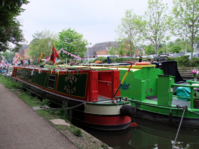 Narrow boat, Dick's Folly on the Grand Union Canal at Rickmansworth