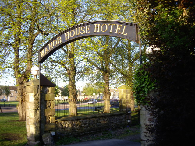 Gated entrance to Manor House Hotel