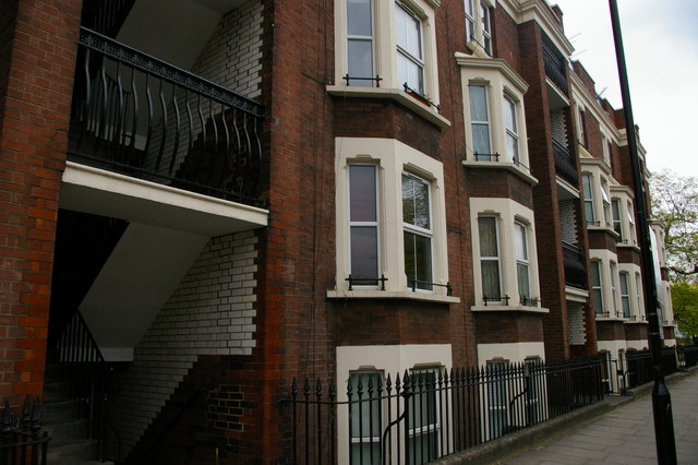 Tenement building, Old Bethnal Green Road, E2