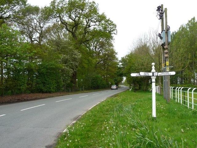 Signpost, Stocks Lane, Fourlane-ends