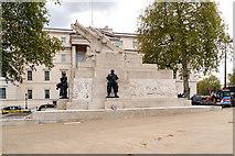 TQ2879 : Hyde Park Corner, The Artillery Corps Memorial by David Dixon