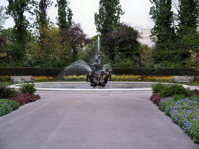 Regent's Park, Queen Mary's Garden