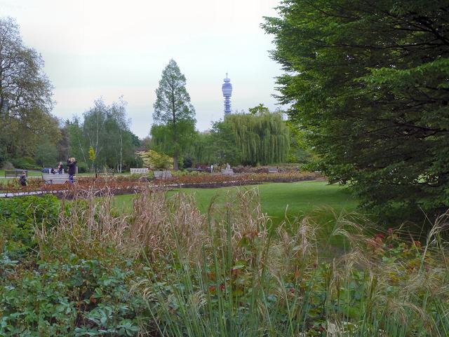Regent's Park, Queen Mary's Gardens