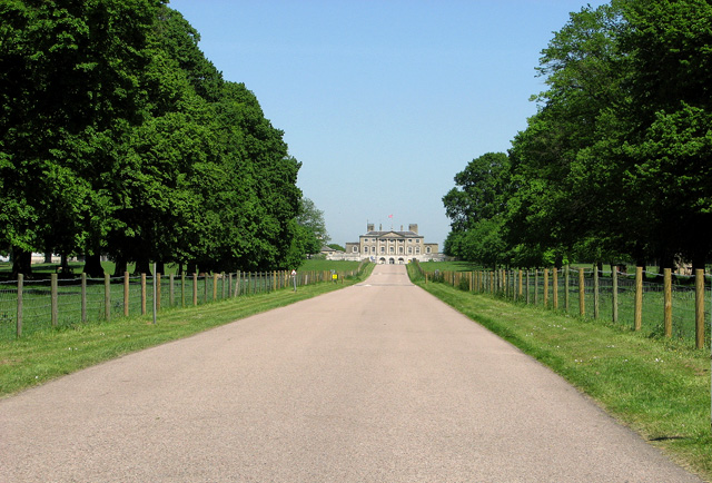 The driveway to Woolverstone Hall