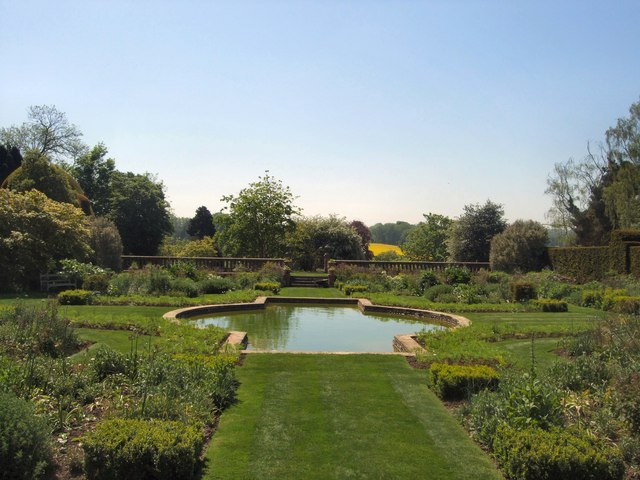 Sunken Garden - Doddington Place