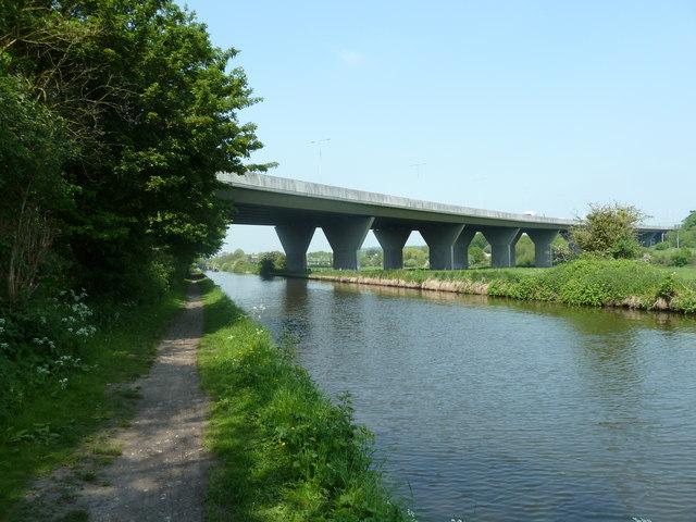Bridge 160, Grand Junction Canal - M25