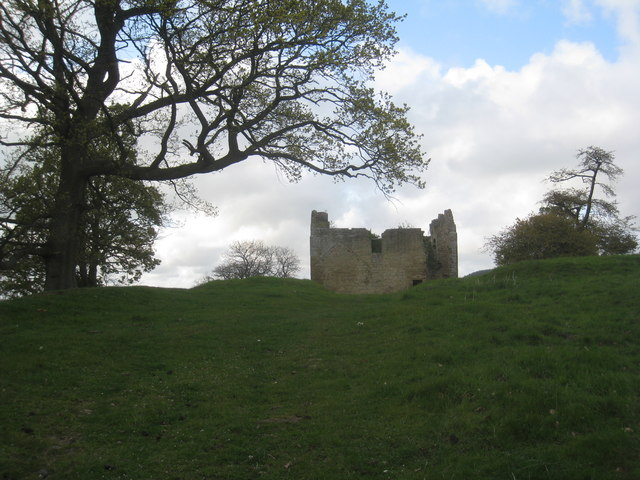Ruined bastle at Hepburn near Chillingham