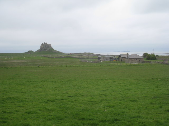 View towards Lindisfarne Castle from the end of Green Lane