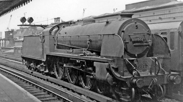 SR 'King Arthur' class 4-6-0 at London Bridge (Eastern)
