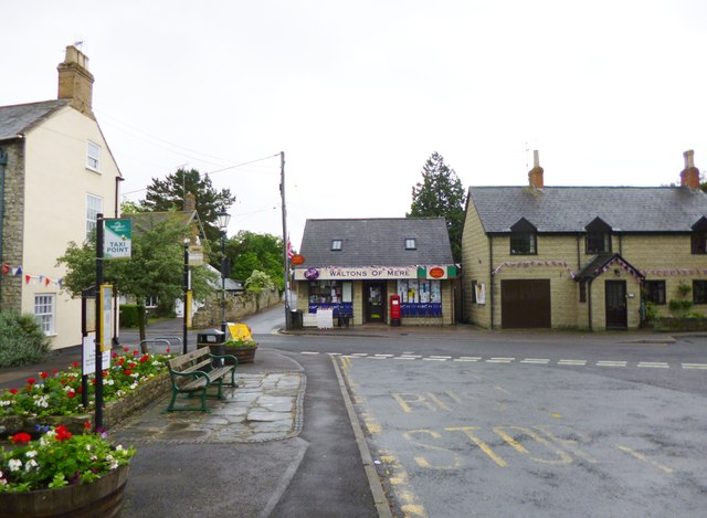 mere post office  u00a9 mike faherty cc 2 0    geograph britain and ireland