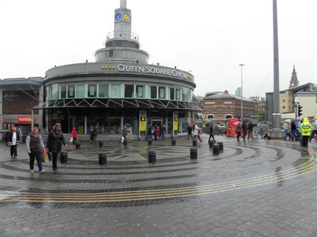 Resultado de imagem para queen square liverpool