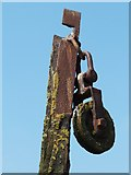 NS4074 : Pulley (detail) by Lairich Rig