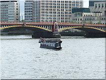TQ3078 : Mr David Narrow boat on the River Thames by PAUL FARMER