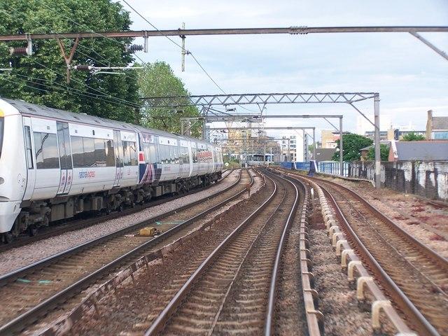Docklands and mainline railway tracks on viaduct next to Barnardo Street