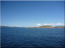 NM2718 : By Steamer To Iona - 4th June 2012 : Dubh Sgeir, Ross of Mull by Richard West