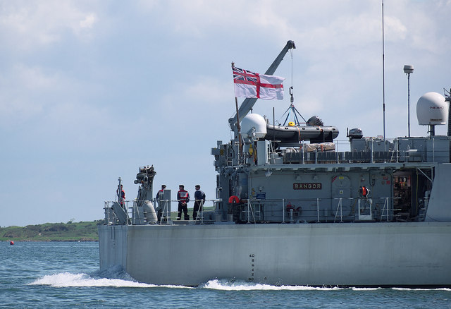 HMS 'Bangor' departing Bangor