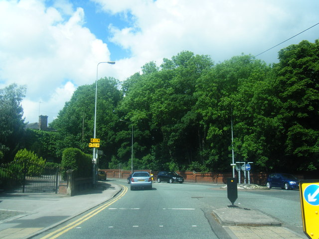 Manchester Road at Hen Fold Road junction