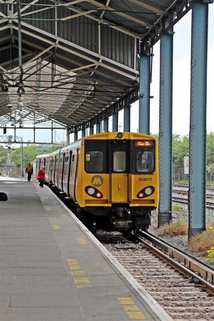 Merseyrail Train Chester Railway 169 El Pollock Cc By Sa