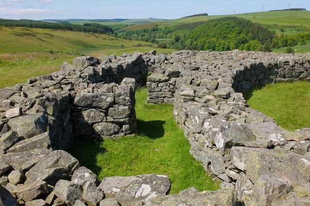 The wall of Edin's Hall Broch