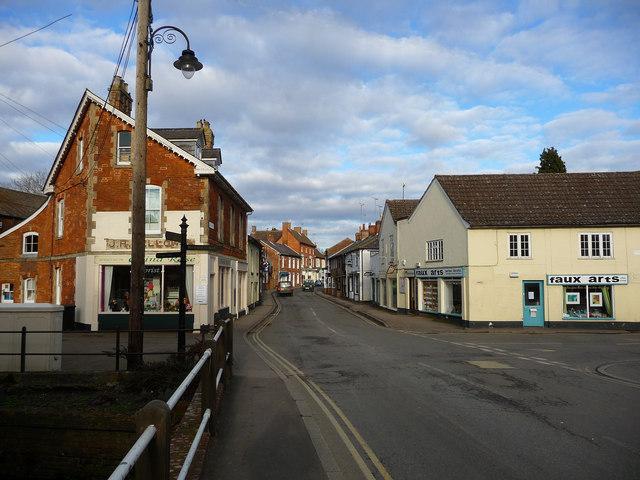 Pewsey - High Street