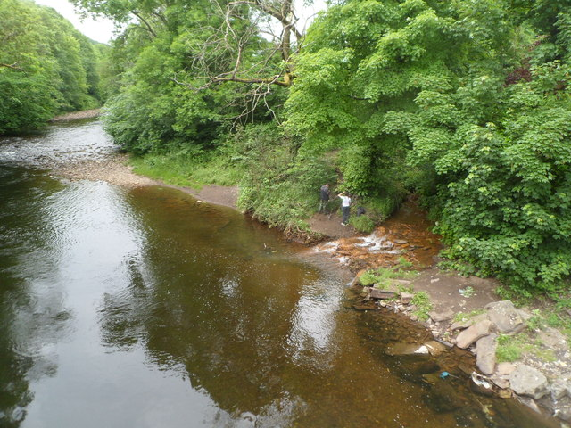 Outfall into the River Taff, Troedyrhiw