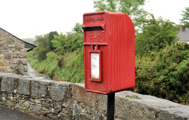 Letter box, Finnis