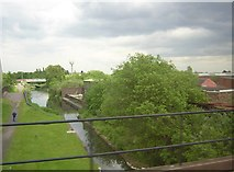 SO9298 : Wyrley & Essington Canal, from a train approaching Wolverhampton by Christopher Hilton