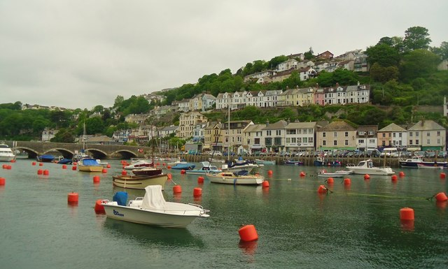 View across river to East Looe.