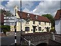 SU6822 : Ye Olde George Inn by Colin Smith