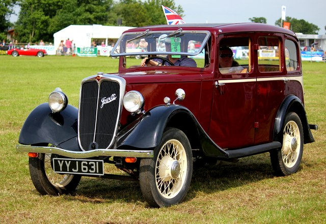 Vintage Car at the Cheshire Show