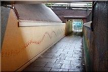 SK5538 : You needs hands . . . (3) by Alan Murray-Rust