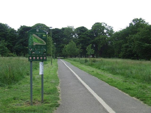Path through Cassiobury Park, Watford