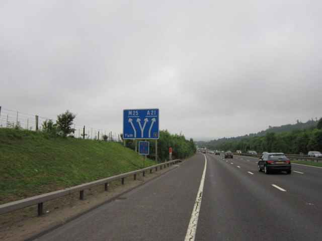 1 1/2 miles to junction 5, M25