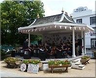 TQ5838 : Bandstand on The Pantiles, Tunbridge Wells by Marathon