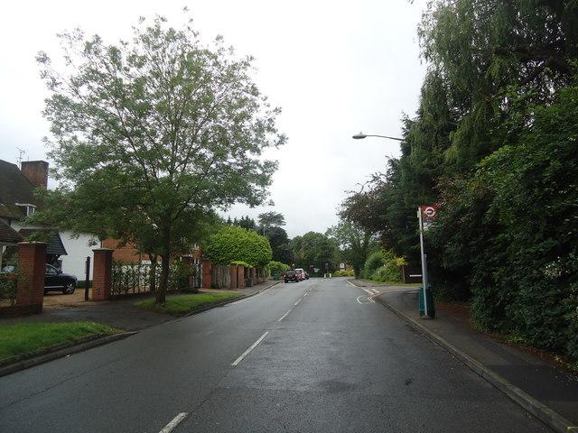 Milbourne Lane, Esher