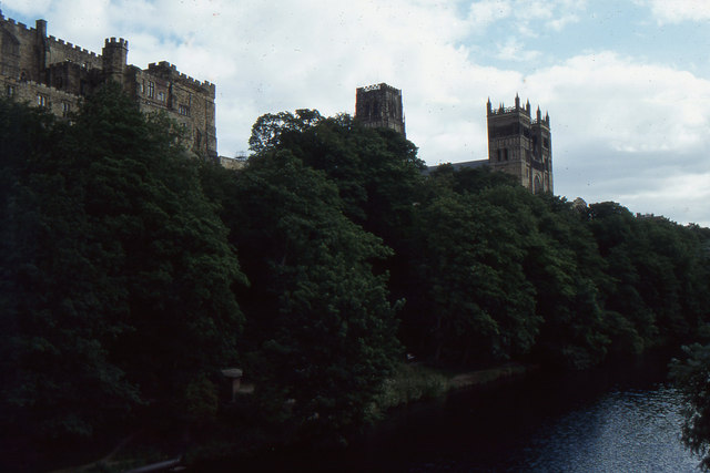 Durham: cathedral from Framwelgate Bridge