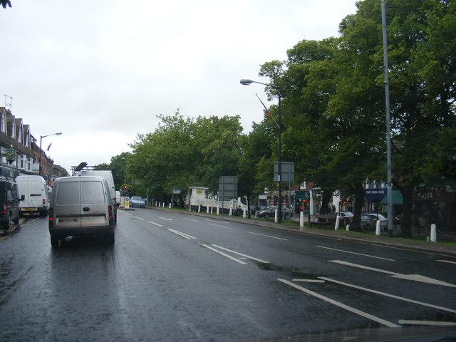 A1081 High Street, Harpenden