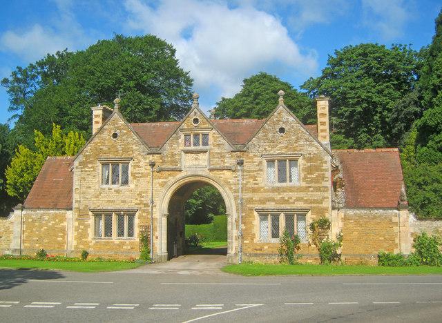 Denton Manor Gatehouse