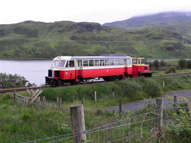 Fintown train and carriage