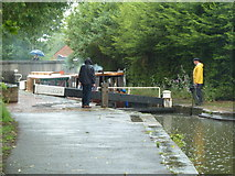 SO8554 : Worcester & Birmingham Canal - bucketing down by Chris Allen