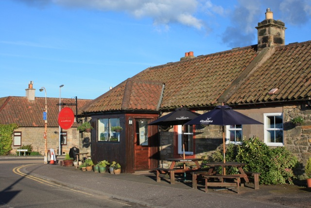 The Tavern, Strathkinness