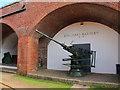 SZ3189 : Artillery gun at Hurst Castle by Oast House Archive