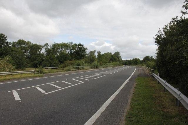 Towards Queensford Bridge