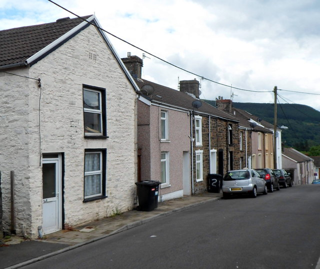 Northern end of Hill Street, Troedyrhiw by Jaggery