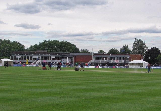 Uxbridge Cricket Club: between innings