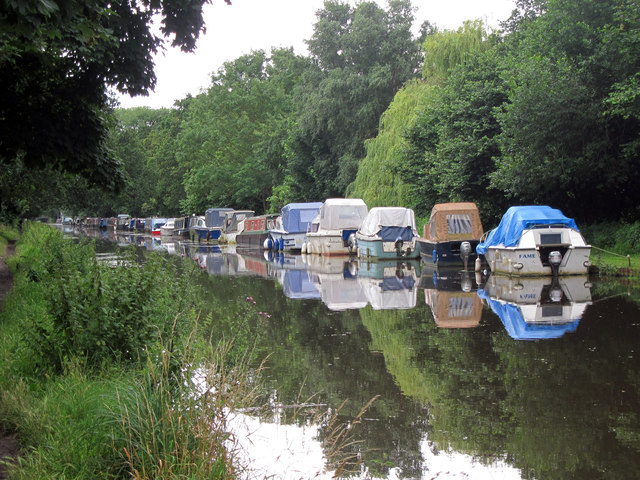 Boats on Wey River Navigation