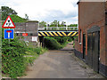 TG4201 : Road under rail by Roger Jones