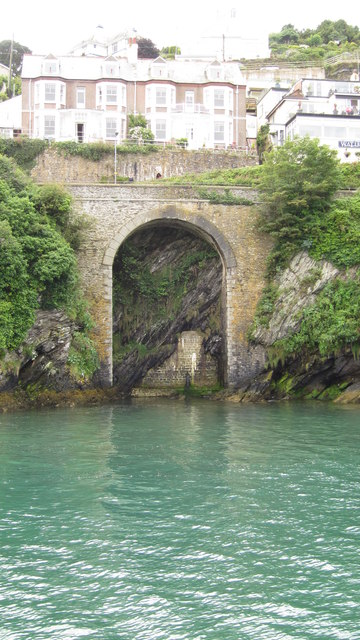 Hannafore Road Bridge, Looe © Ian Knight ccbysa20 Geograph Britain and Ireland